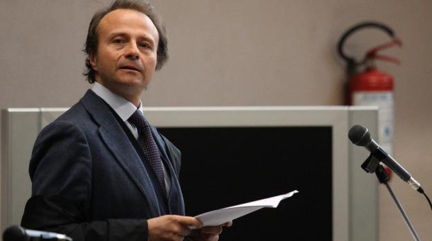 comune, consigliere, estorsione, MOVIMENTO 5 STELLE, sindaco, Sicilia, Cronaca