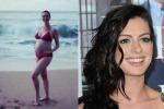 In riva al mare con il pancione: su Instagram la dolce attesa di Anne Hathaway - Foto
