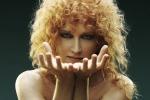 Fiorella Mannoia: io a Sanremo? Non lo escludo