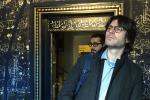 """Camera delle Meraviglie a Palermo, visita dell'eurodeputato Corrao: """"Tesoro di inestimabile valore"""""""