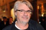 Ricky Tognazzi e la musica: eccolo nel nuovo video dei New Order