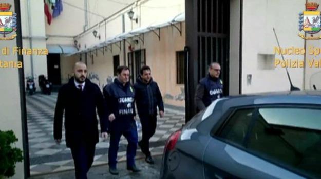 arresti, bancarotta, Wind Jet, Antonino Pulvirenti, Catania, Cronaca