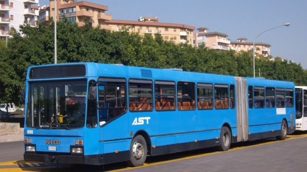 linee bus, salaparuta, Trapani, Economia