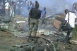 Strage in una moschea in Camerun, due donne si fanno esplodere: 10 morti