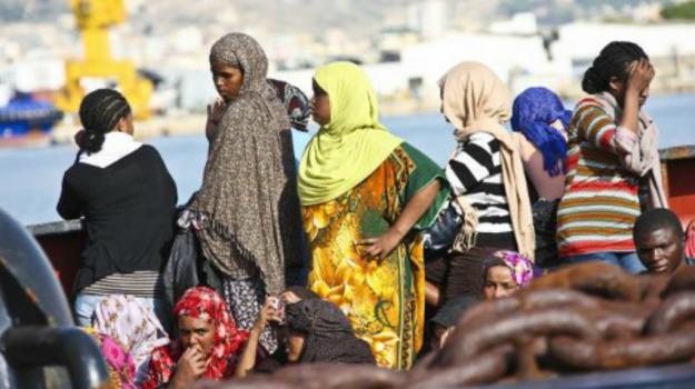 abusi, amnesty, donne, migranti, violenze, Sicilia, Mondo