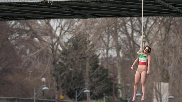 FEMEN, Iran, parigi, protesta, rohani, Sicilia, Mondo