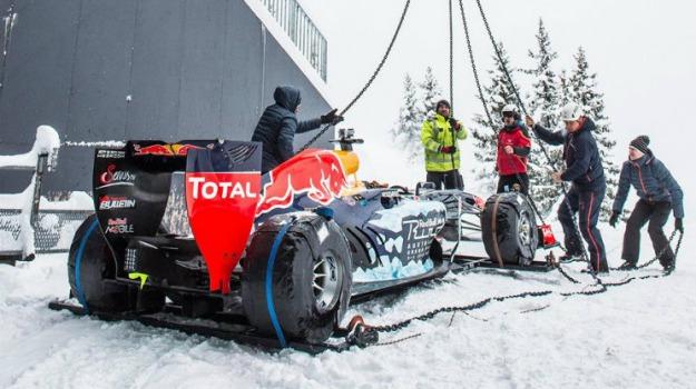 automobilismo, formula 1, neve, Red Bull, Max Verstappen, Sicilia, Sport