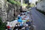 La discarica in via Felice, a Cruillas, foto inviata a Ditelo a Rgs