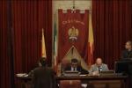 Mobilità del personale tra le municipalizzate, scontro in Consiglio