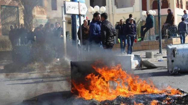 Al Qaeda, coprifuoco, protesta, Tunisia, Sicilia, Mondo