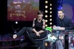 """Alice Sabatini si fa un tatuaggio in diretta tv a """"E poi c'è Cattelan""""- Foto"""