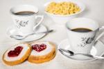 Per San Valentino cenetta romantica ma la nuova tendenza è... la colazione