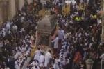 Catania, una fuga di gas rallenta la processione di Sant'Agata