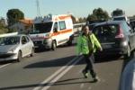 Scontro sulla Palermo-Sciacca: due feriti e lunghe code - Video