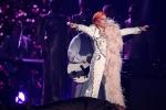 I vincitori dei Grammy Awards tra polemiche e tributi in musica - Foto