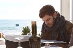 Selfie con i fan e prove... vista mare: inizia l'avventura di Lorenzo Fragola a Sanremo