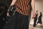 Riparte dal corsetto la nuova moda di Victoria Beckham
