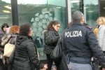 Rapina alla festa dei prodotti da cucina a Palermo: le immagini dopo il colpo - Video