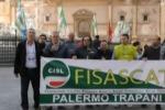 Operai Reset protestano a Palermo: traffico in tilt