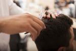 Dal barbiere al corniciaio, i lavori che rischiano di scomparire