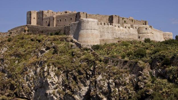 denuncia, milazzo, truffa, Messina, Cronaca