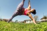 In sovrappeso ritrova serenità con lo yoga, Dana star sui social