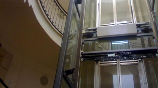 ascensori, Mercato, Piazza Armerina, Qatar, Sicilia, La Sicilia che funziona
