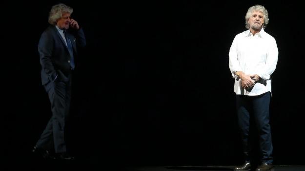 MOVIMENTO 5 STELLE, spettacolo, teatro, Beppe Grillo, Sicilia, Politica