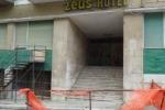 Castelvetrano, hotel abbandonato: non ci sono soldi per demolirlo
