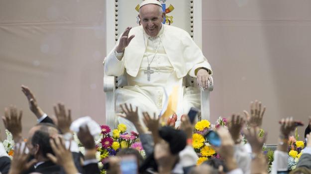 candidato, immigrazione, papa, Sicilia, La chiesa di Francesco