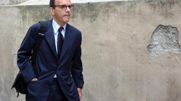 forza italia, Stefano Parisi, Sicilia, Politica