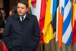 """Monito di Renzi a Bruxelles a Paesi dell'Est: """"Solidali con i migranti o blocchiamo i fondi"""""""