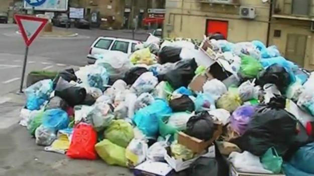 emergenza rifiuti enna, Enna, Cronaca