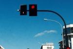 Palermo, in via Leonardo Da Vinci doppio semaforo: ma il traffico è sempre in tilt