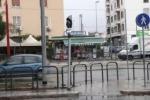 Incidente in viale Regione a Palermo: travolto semaforo, traffico in tilt