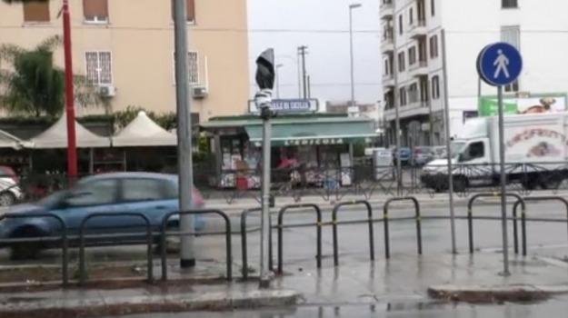incidente, TRAFFICO, viale regione siciliana, Palermo, Cronaca