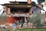 Esplosione nella villa che ospita Gabriel Garko, l'attore in ospedale: muore una donna