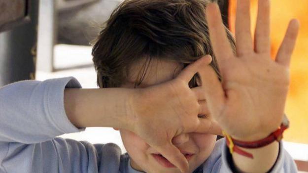 Bologna, maltrattamento minori, scuola, Sicilia, Cronaca