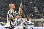 Zaza abbatte il Napoli: la Juventus fa quindici vittorie di fila e vola in testa