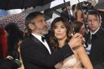 "Foto in villa con la Canalis, 80 mila euro a George Clooney: ""Violata la privacy"" - Foto"