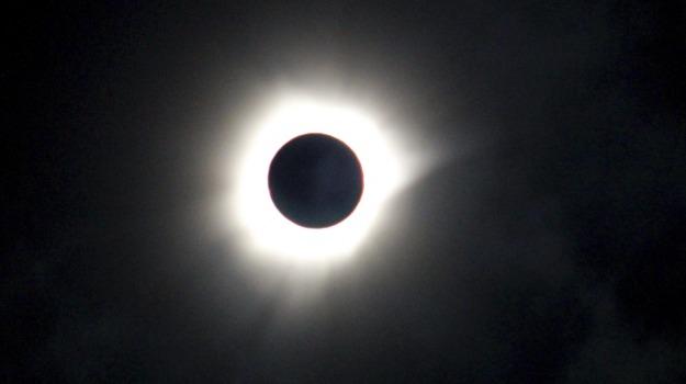 eclissi solare, Sicilia, Società
