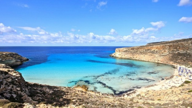 malato terminale morto a Lampedusa, Agrigento, Cronaca