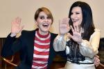 """Il nuovo show di Laura Pausini e Paola Cortellesi: """"Non chiamateci Mina e Carrà"""""""