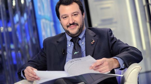 referendum, Beppe Grillo, Massimo D'Alema, Matteo Salvini, Sicilia, Politica