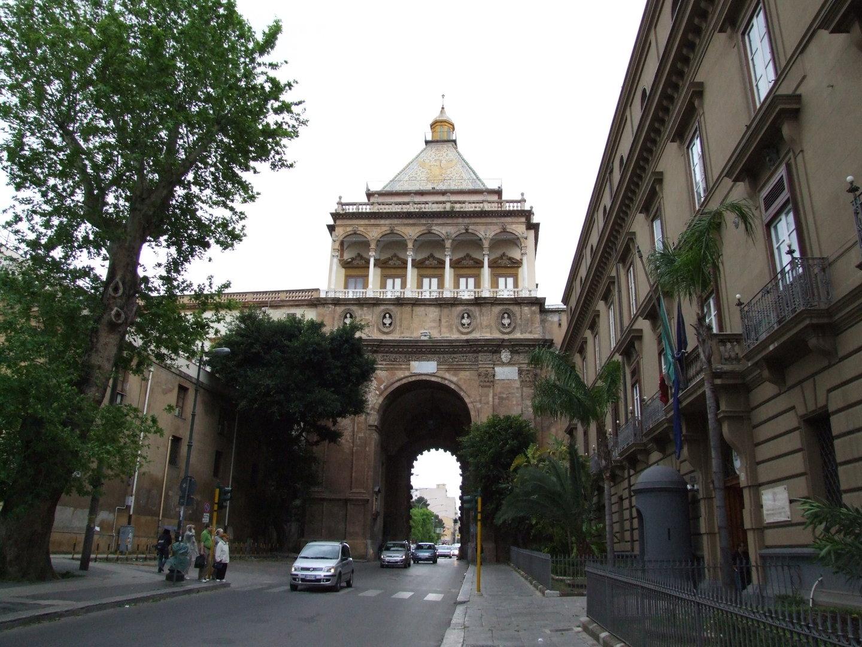 Da porta a porta passeggiata a palermo per le giornate fai di primavera giornale di sicilia - Porte a palermo ...