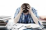 Preoccupato e insoddisfatto, studio rivela: un italiano su 3 torna dalle ferie più stressato di prima