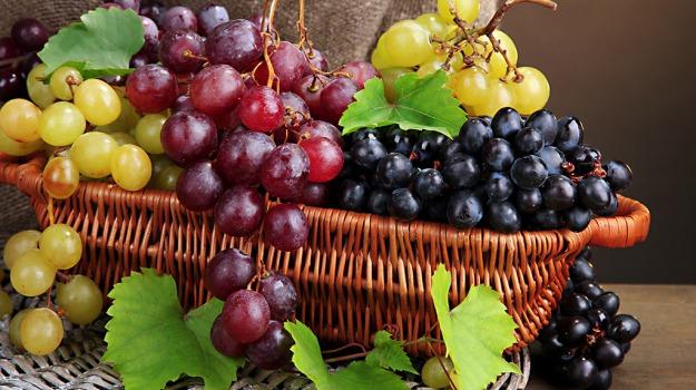 carote, uva, Sicilia, Società