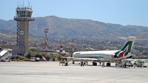 Aeroporto, Reggio, stretto, Messina, Economia