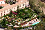 San Domenico di Taormina, l'hotel salva i 90 ex dipendenti
