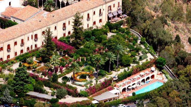 albergo, sceicco, taormina, Messina, Economia
